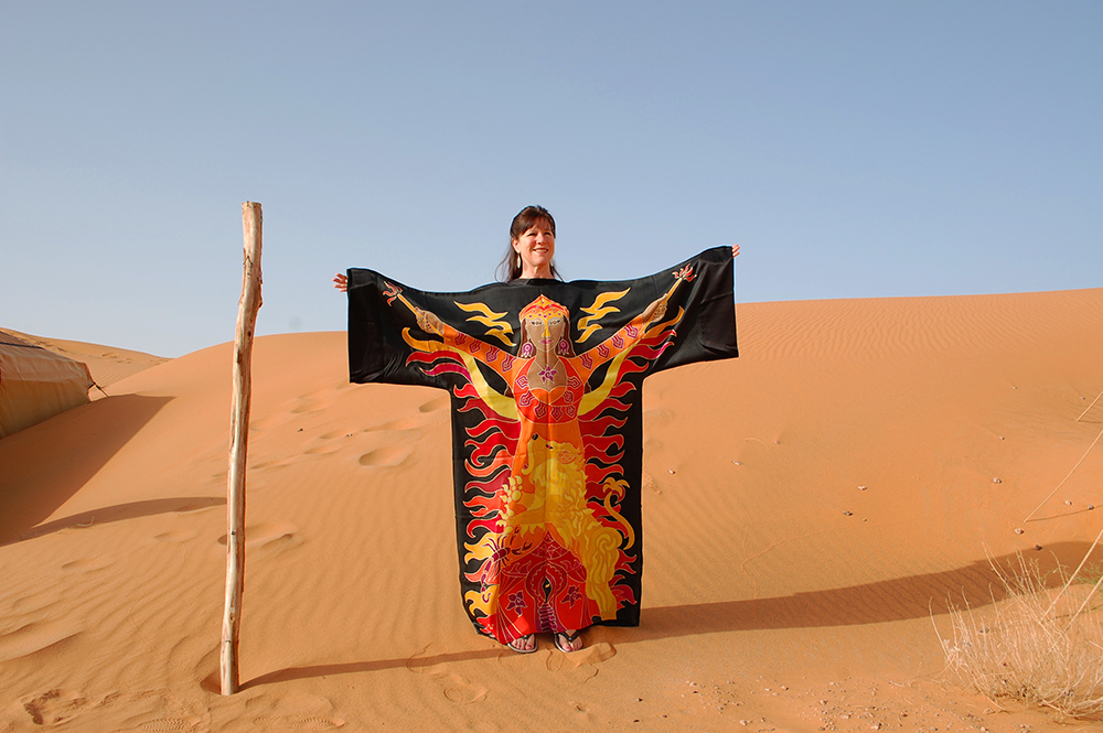 Manifestation Robe in the Sahara Desert
