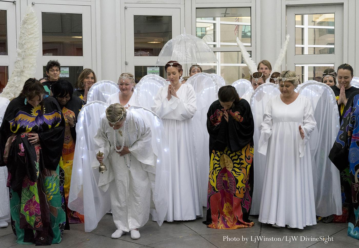 33 Sacred Robes