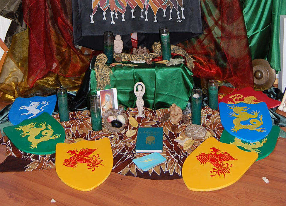 Warrioress altar 8